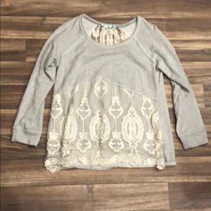Maurice's Sz. M pullover top